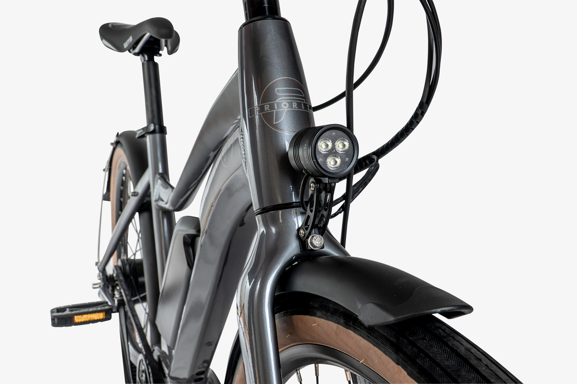 Aluminum frame and integrated front light on the Priority Embark electric bike