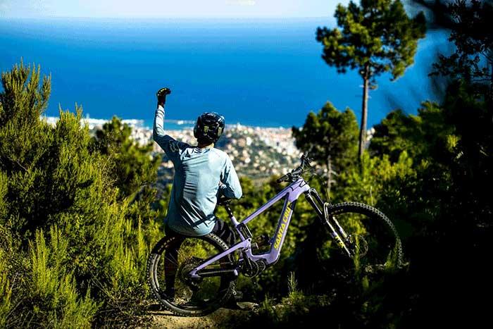 Santa Cruz Bullit Bicycles