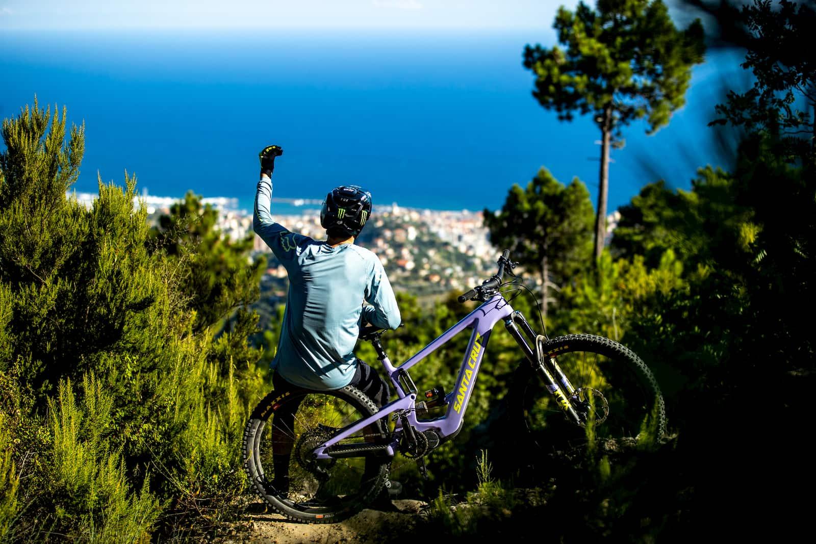Overview of Santa Cruz e-bikes