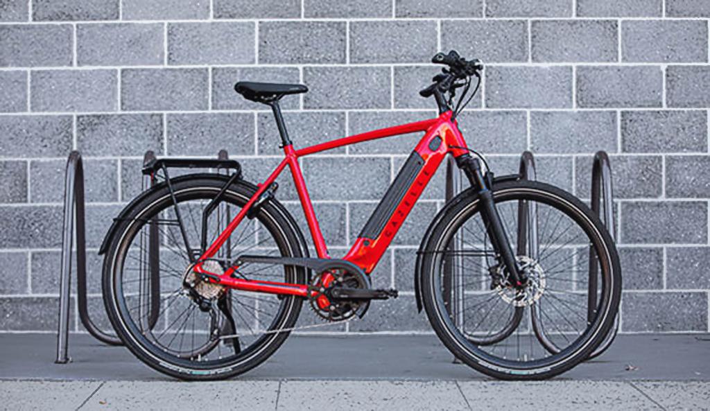 Gazelle Ultimate T10 a fast and stylish city e-bike