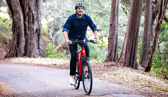 Gazelle Ultimate T10 e-bike is fast and furious