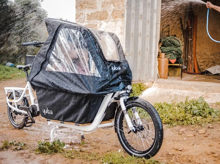 Yuba Electric Supermarché bike's motor and features
