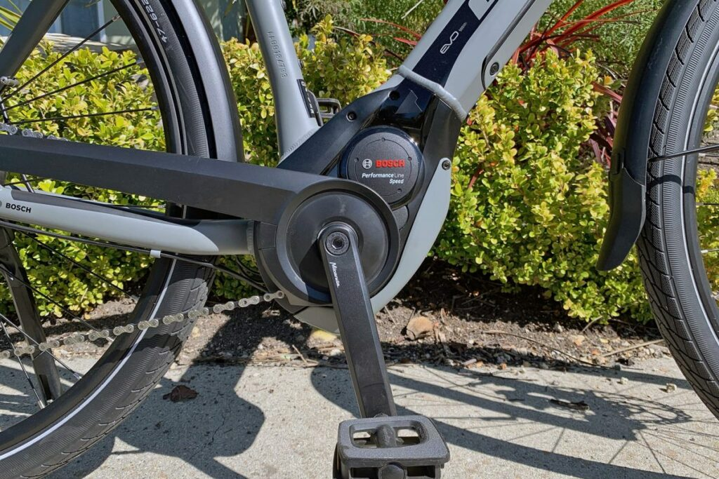BULLS Twenty8 E45 e-bike motors and features